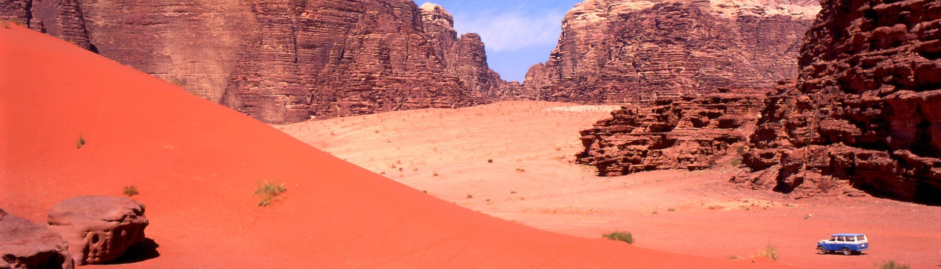 Exploring with a four wheel drive the Wadi rum desert in Jordan
